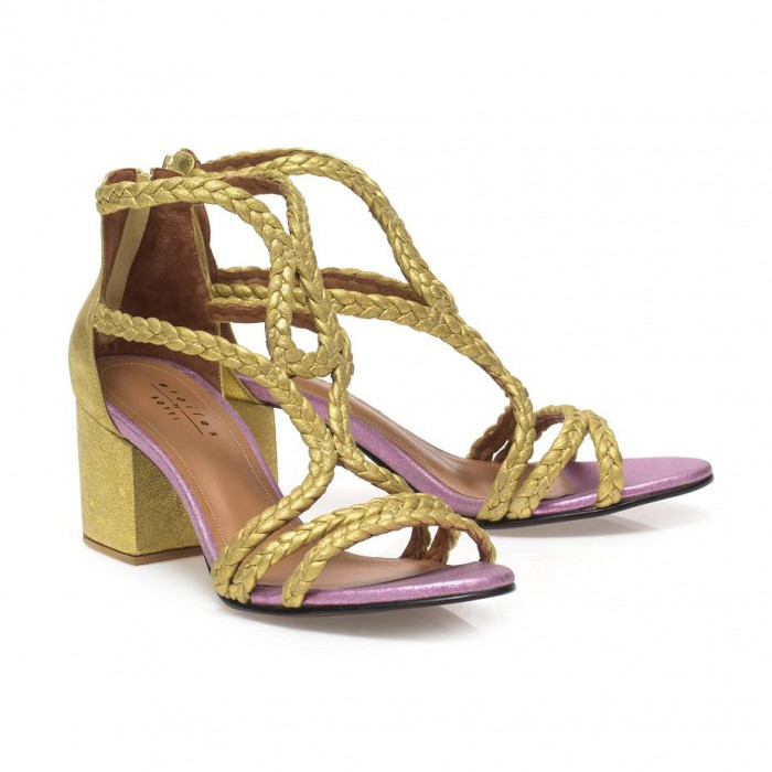 sandalia ouro